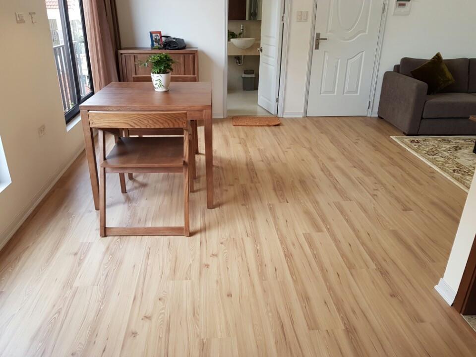 Trang trí nhà dịp Tết với sàn nhựa giả gỗ đẳng cấp
